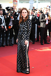 May 20, 2017 - Cannes, France - JULIANNE MOORE.Okja Red Carpet Arrivals - The 70th Annual Cannes Film Festival.CANNES, FRANCE - MAY 19: attends the 'Okja' screening during the 70th annual Cannes Film Festival at Palais des Festivals on May 19, 2017 in Cannes (Credit Image: © Visual via ZUMA Press)