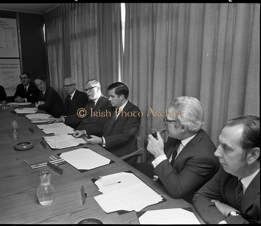 Decimal Irish Currency Board .15/02/1971
