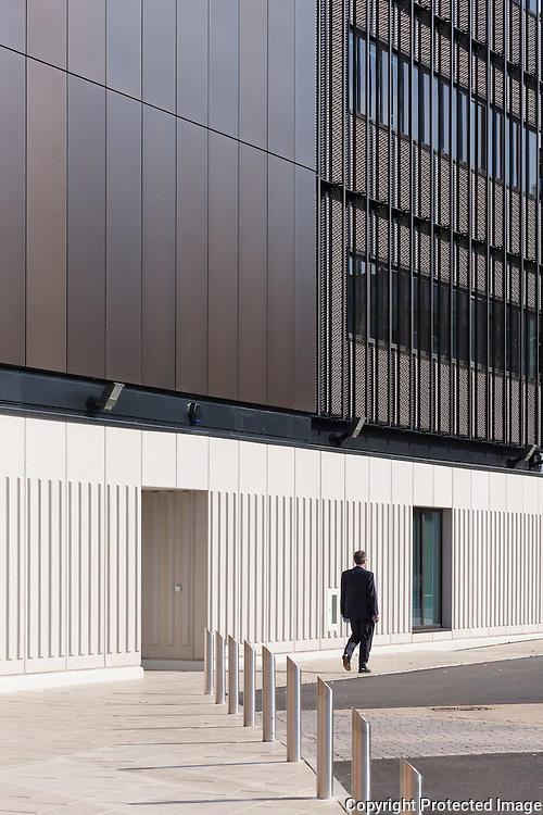 Rosalind Franklin Building, University of Wolverhampton. Architect: Berman Guedes Stretton