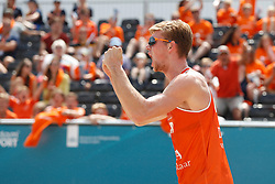 20180717 NED: CEV DELA Beach Volleyball European Championship day 3<br />Jannes van der Ham (2) of The Netherlands<br />©2018-FotoHoogendoorn.nl