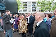Spelers krijgen instructie voor de generale repetetitie. In Utrecht wordt in de volkswijk Ondiep een volksopera gehouden. Tijdens de opera vertellen inwoners het verhaal van de wijk op de melodie van klassieke operastukken. Met de opera wil de stichting Volksopera de sociale cohesie in een buurt verbeteren. Eerder was er al een volksopera in de Amsterdamse volkswijken Tuindorp Oostzaan en Floradorp.<br /> <br /> In Utrecht residents of the class neighborhood Ondiep tell the story of their district via an opera. The opera is set up to stimulate the social cohesion between the people in the neighborhoods.