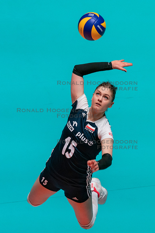 28-05-2019 NED: Volleyball Nations League Bulgaria - Poland, Apeldoorn<br /> <br /> Martyna Grajber #15 of Poland