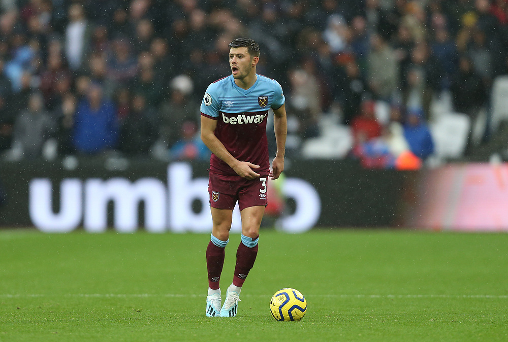 West Ham United's Aaron Cresswell<br /> <br /> Photographer Rob Newell/CameraSport<br /> <br /> The Premier League - Saturday 26th October 2019 - West Ham United v Sheffield United - London Stadium - London<br /> <br /> World Copyright © 2019 CameraSport. All rights reserved. 43 Linden Ave. Countesthorpe. Leicester. England. LE8 5PG - Tel: +44 (0) 116 277 4147 - admin@camerasport.com - www.camerasport.com