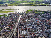 Nederland, Zuid-Holland, Gorinchem,25-02-2020; vestingstad gelegen aan Linge en Boven-Merwede.<br /> Fortified city located at river Upper Merwede (continuation river Rhine). Monding van de Linge.<br /> luchtfoto (toeslag op standard tarieven);<br /> aerial photo (additional fee required)<br /> copyright © 2020 foto/photo Siebe Swart