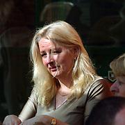 Hilde van der Heide , vrouw van lijsttrekker Fred Teeven Leefbaar Nederland bezoekt Huizen