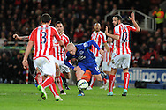 Steven Naismith of Everton © looks for a gap.  Barclays Premier League match, Stoke city v Everton at the Britannia Stadium in Stoke on Trent , Staffs on Wed 4th March 2015.<br /> pic by Andrew Orchard, Andrew Orchard sports photography.