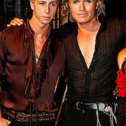 NLD/Amsterdam/20100629 - Premiere Twilight Saga - The Eclipse, Hans klok en partner James Jackson Harwood