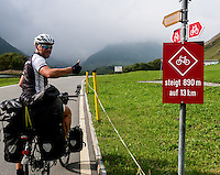 Cyclist is ready to bike up the Furka pass