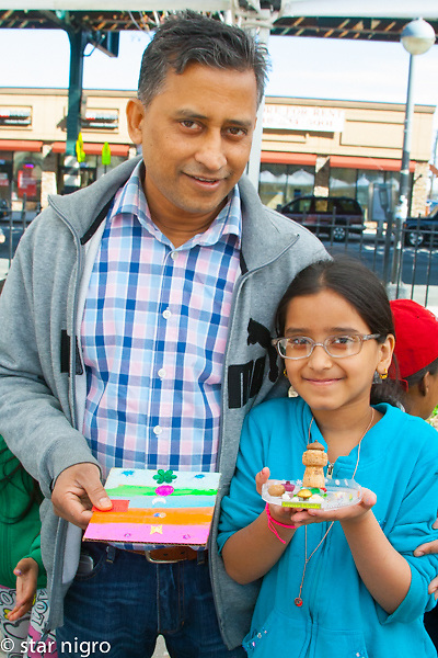 This series entitled Bronx eco arts project is a compilation of eco recycle workshops. I had the opportunity to teach and photograph these classes.<br /> <br /> photo by Star Nigro<br /> <br /> ©2021 All artwork is the property of STAR NIGRO.  Reproduction is strictly prohibited.<br /> <br /> starnigro.com