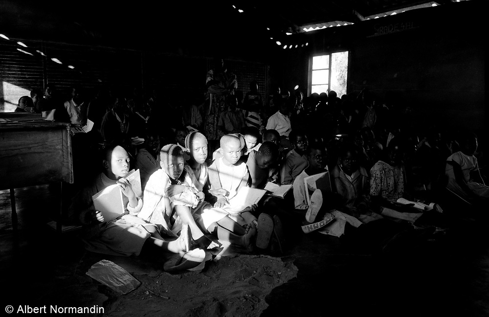 Grade 4 class with strong light coming in and dark shadow Cherhou School, horizontal