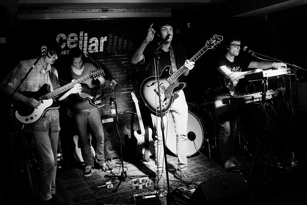 Vanarin live at Cellar Theory. Naples, Italy. 2017.