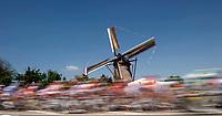 CYCLING - TOUR DE FRANCE 2010 - BRUXELLES (BEL) - 04/07/2010 - PHOTO : VINCENT CURUTCHET / DPPI - STAGE 1 - ROTTERDAM (NED) > BRUXELLES (BEL) - ILLUSTRATION