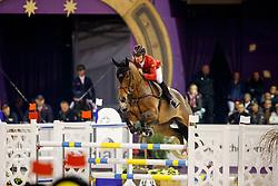 SCHWIZER Pius (SUI) Leonard de la Ferme CH<br /> Frankfurt - Festhallen Reitturnier 2017<br /> Championat von Frankfurt - Fraport Preis <br /> © www.sportfotos-lafrentz.de