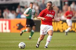 01-06-2003 NED: Amstelcup finale FC Utrecht - Feyenoord, Rotterdam<br /> FC Utrecht pakt de beker door Feyenoord met 4-1 te verslaan / Stijn Vreven