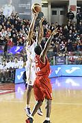 DESCRIZIONE : Roma Campionato Lega A 2013-14 Acea Virtus Roma Grissin Bon Reggio Emilia <br /> GIOCATORE :  Hosley Quinton<br /> CATEGORIA : three points<br /> SQUADRA : Acea Virtus Roma<br /> EVENTO : Campionato Lega A 2013-2014<br /> GARA : Acea Virtus Roma Grissin Bon Reggio Emilia <br /> DATA : 22/12/2013<br /> SPORT : Pallacanestro<br /> AUTORE : Agenzia Ciamillo-Castoria/M.Simoni<br /> Galleria : Lega Basket A 2013-2014<br /> Fotonotizia : Roma Campionato Lega A 2013-14 Acea Virtus Roma Grissin Bon Reggio Emilia <br /> Predefinita :