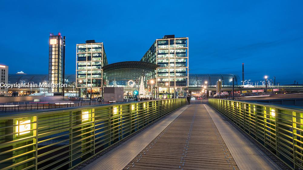 Exterior view of Hauptbahnhof main railway station at night in Berlin, Germany