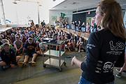 Teamleden geven een presentatie aan middelbare scholieren. Het Human Power Team Delft en Amsterdam, dat bestaat uit studenten van de TU Delft en de VU Amsterdam, is in Amerika om tijdens de World Human Powered Speed Challenge in Nevada een poging te doen het wereldrecord snelfietsen voor vrouwen te verbreken met de VeloX 7, een gestroomlijnde ligfiets. Het record is met 121,44 km/h sinds 2009 in handen van de Francaise Barbara Buatois. De Canadees Todd Reichert is de snelste man met 144,17 km/h sinds 2016.<br /> <br /> With the VeloX 7, a special recumbent bike, the Human Power Team Delft and Amsterdam, consisting of students of the TU Delft and the VU Amsterdam, wants to set a new woman's world record cycling in September at the World Human Powered Speed Challenge in Nevada. The current speed record is 121,44 km/h, set in 2009 by Barbara Buatois. The fastest man is Todd Reichert with 144,17 km/h.