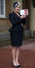 NOV 21 2012 Kate Winslet receives CBE at Buckingham Palace