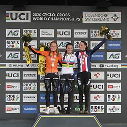 26-01-2020: Wielrennen: Wereldbeker Veldrijden: Hoogerheide <br />Shirin van Anrooij wereldkampioen junior vrouwen. Puck Pieterse brons en Madigan Munro;