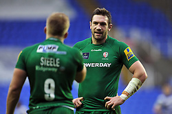 Tom Guest of London Irish speaks to team-mate Scott Steele - Photo mandatory by-line: Patrick Khachfe/JMP - Mobile: 07966 386802 22/11/2014 - SPORT - RUGBY UNION - Reading - Madejski Stadium - London Irish v Bath Rugby - Aviva Premiership