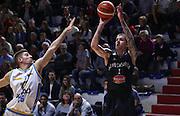 Cremona 18/10/2015 - Basket Campionato Italiano Lega A 2015-16 - Vanoli Cremona-Pasta Reggia Caserta<br /> nella foto: Downs<br /> Foto Ciamillo