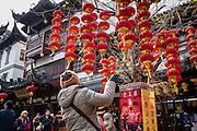 Shangai, China, 24 jan 2008, Chinese New Year. PHOTO © Christophe Vander Eecken