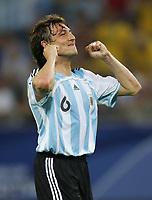 Fotball<br /> VM 2006<br /> Foto: Witters/Digitalsport<br /> NORWAY ONLY<br /> <br /> 10.06.2006<br /> Argentina v Elfenbenskysten<br /> <br /> Gabriel Heinze Argentinien<br /> Fussball WM 2006 Argentinien - Elfenbeinkueste 2:1
