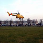 Melding auto te water Oostermeent Noord, Life Line One, helicopter, opstijgen