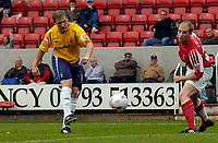 Photo: Henry Browne.<br /> Swindon v Nottingham Forest. Coca Cola League 1.<br /> 13/08/2005.<br /> Kris Commons makes it 1-1 for Forest.
