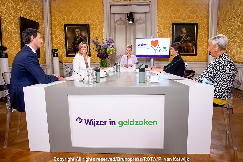 DEN HAAG, 14-06-2021 , <br /> <br /> Koningin Maxima tijdens het jaarlijks symposium bij van platform Wijzer in geldzaken. Het thema is 'Geldzorgen, beter voorkomen dan genezen'. Minister Hoekstra van Financiën is ook aanwezig. Vanwege de coronamaatregelen is de bijeenkomst alleen via een live-uitzending te volgen.<br /> FOTO: Brunopress/ROTA/P. van Katwijk<br /> <br /> Queen Maxima during the annual symposium at the Money Wise platform. The theme is 'Money worries, prevention is better than cure'. Minister Hoekstra of Finance is also present. Due to the corona measures, the meeting can only be followed via a live broadcast.