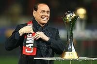 Fotball<br /> Italia<br /> Foto: Inside/Digitalsport<br /> NORWAY ONLY<br /> <br /> 13.01.2008<br /> Milan v Napoli (5-2)<br /> <br /> Milan President Silvio Berlusconi with the Club world Cup