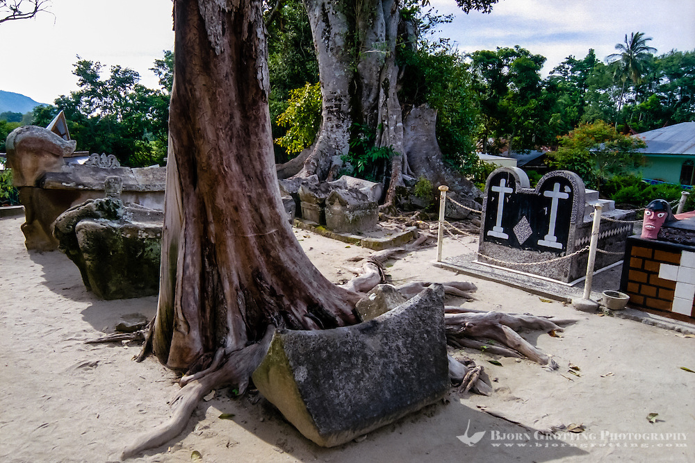 Indonesia, Sumatra. Samosir. The grave of King Sidabatu in Tomok. King Sidabatu was one of the last Batak animist kings. There are also other graves close to that of King Sidabatu.
