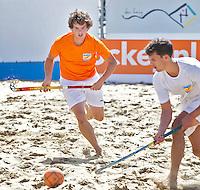 SCHEVENINGEN - STIJN JOLIE. Beachhockey in The Hague Beach Stadion. Foto Koen Suyk