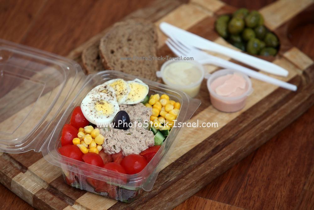 Tuna Salad to go