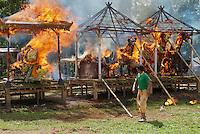 Indonesie, Ile de Bali, Ubud, cérémonie de crémation // Indonesia, Bali Island, Ubud region, cremation ceremony