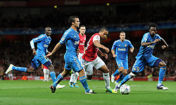 01.11.2011, Emirates Stadion, London, ENG, UEFA CL, Gruppe F, Arsenal FC (GBR) vs Olympique de Marseille (FRA), im Bild  Arsenal's Theo Walcott runs at the Olympique de Marseille defence // during UEFA Champions League group F match between Arsenal FC (GBR) and Olympique de Marseille (FRA) at Emirates Stadium, London, United Kingdom on 01/11/2011. EXPA Pictures © 2011, PhotoCredit: EXPA/ Propaganda Photo/ Chris Brunskill +++++ ATTENTION - OUT OF ENGLAND/GBR+++++