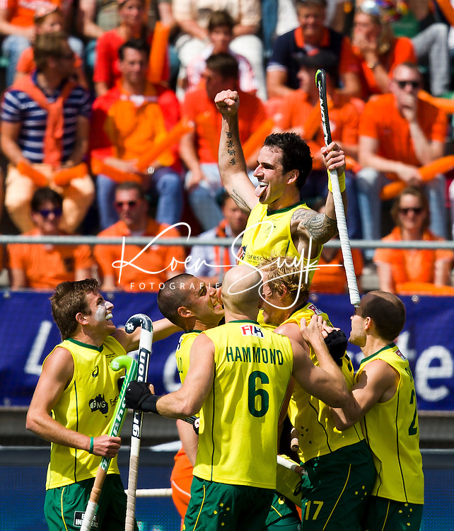 DEN HAAG - De Australier Kieran Govers heeft gescoord tijdens de finale van de Rabobank Worldcup Hockey , tussen de mannen van Nederland en Australie. ANP KOEN SUYK