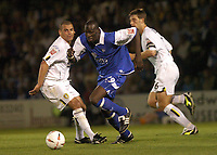 Fotball<br /> England 2004/2005<br /> Foto: SBI/Digitalsport<br /> NORWAY ONLY<br /> <br /> GILLINGHAM VS LEEDS UNITED<br /> COCA-COLA CHAMPIONSHIP AT PRIESTFIELD STADIUM, 10TH AUGUST 2004. <br /> <br /> GILLINGHAM'S MAMADY SIDIBE TAKES THE BALL THROUGH THE LEEDS DEFENCE