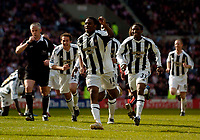 Photo: Jed Wee.<br />Sunderland v Newcastle United. The Barclays Premiership. 17/04/2006.<br /><br />Newcastle's Charles N'Zogbia (C) leads the celebrations after his goal puts Newcastle 3-1 up in the space of minutes.
