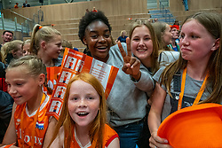 12-06-2019 NED: Golden League Netherlands - Estonia, Hoogeveen<br /> Fifth match poule B - The Netherlands win 3-0 from Estonia in the series of the group stage in the Golden European League / Dutch fans