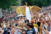 """De Canal Parade 2014 - een botenparade over de Amsterdamse grachten en het hoogtepunt van Gay Pride Amsterdam.<br /> <br /> The Canal Parade 2014 - a boat parade on the canals of Amsterdam and the highlight of Gay Pride Amsterdam.<br /> <br /> Op de foto / On the photo: De deelnemende """"Joodse"""" Boot/ Participating  """"Jewish"""" boat."""