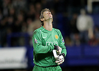 Photo: Lee Earle.<br /> Portsmouth v Manchester United. The FA Barclays Premiership. 15/08/2007.United keeper edwin Van Der Sar looks to the sky after they could only draw at Portsmouth.