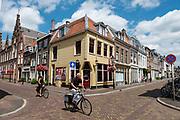 Fietsers rijden door de binnenstad van Utrecht.<br /> <br /> Cyclists ride at the city center of Utrecht.