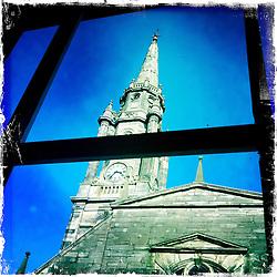 High Street, Edinburgh..Hipstamatic images taken on an Apple iPhone..©Michael Schofield.