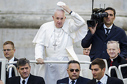 November 12, 2016 - Vatican City, Vatican - Pope Francis arrives to celebrate an extraordinary Jubilee Audience as part of ongoing celebrations of the Holy Year of Mercy in St. Peter's Square in Vatican City, Vatican on November 12, 2016. Pope Francis presided over the last special audience for the Jubilee of Mercy this morning, during which he called on Christians to witness to Gods mercy by being inclusive. (Credit Image: © Giuseppe Ciccia/NurPhoto via ZUMA Press)