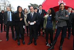 "29.03.2016, Paris, FRA, UEFA Euro, Hollande, 11 Tricolore, La France au rendez vous, im Bild kelly (christine), der Staatspräsident der Französischen Republik Francois Hollande, arron (christine) // during a visit at the INSEP or French National Institute of Sport and Physical Education, as part of the event ""11 Tricolore, La France au rendez- vous"" in Paris, France on 2016/03/29. EXPA Pictures © 2016, PhotoCredit: EXPA/ Pressesports/ Laurent Argueyrolles<br /> <br /> *****ATTENTION - for AUT, SLO, CRO, SRB, BIH, MAZ, POL only*****"
