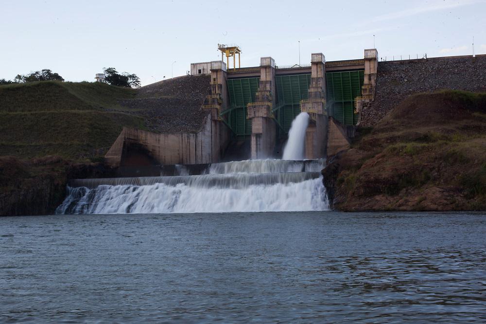 Uberlandia_MG, 04 de maio de 2011.<br /> <br /> <br /> <br /> Imagens da usina hidreletrica de Capim Branco, localizada entre os municipios de Uberlandia e Araguari em Minas Gerais. <br /> <br /> Foto: BRUNO MAGALHAES / NITRO