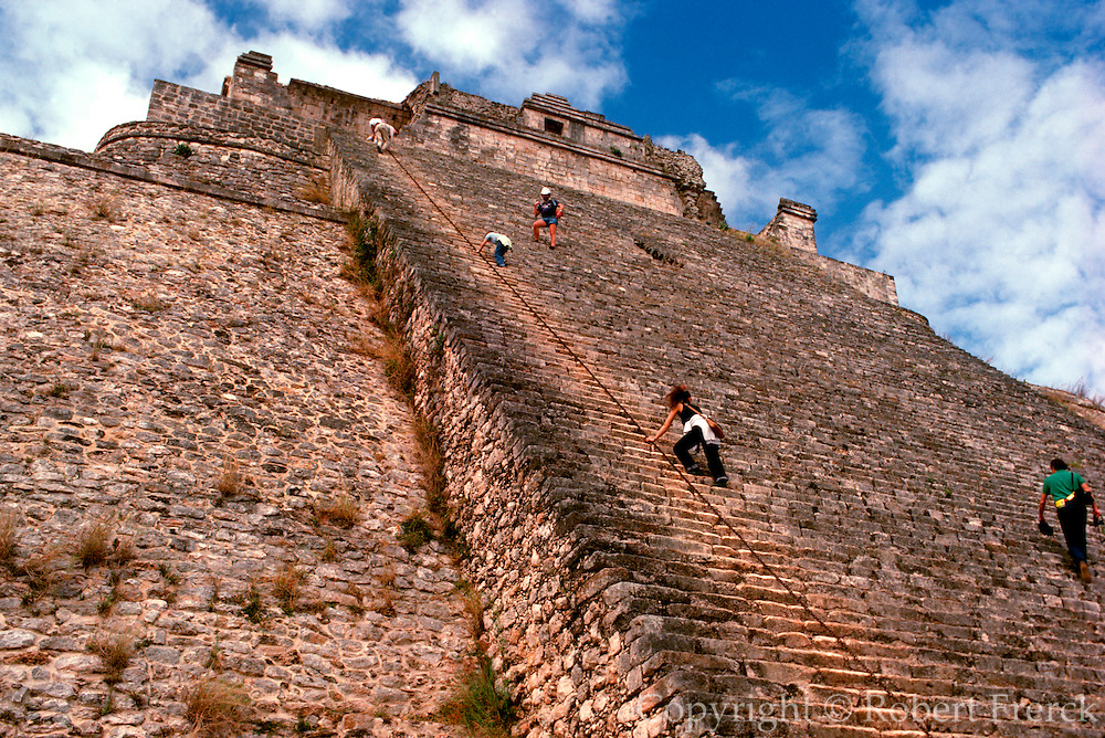 MEXICO, MAYAN CULTURE, YUCATAN PENINSULA Uxmal; late-classic period 600-900AD; the Pyramid of the Magician', stairway up to the temple