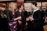 JADE PARFITT; ZAC POSEN; ERIN O'CONNOR; The launch of the Belvedere Bloody Mary Brunch to London's Caprice. Le Caprice. Arlington st. London. 7 April 2011.  -DO NOT ARCHIVE-© Copyright Photograph by Dafydd Jones. 248 Clapham Rd. London SW9 0PZ. Tel 0207 820 0771. www.dafjones.com.