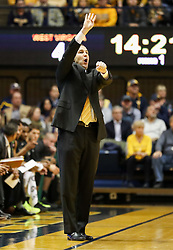 Jan 9, 2018; Morgantown, WV, USA; Baylor Bears head coach Scott Drew calls out a play during the first half against the West Virginia Mountaineers at WVU Coliseum. Mandatory Credit: Ben Queen-USA TODAY Sports